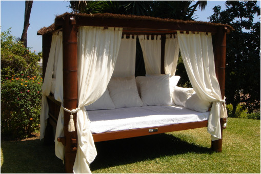 Balinese Bedroom Makeover | Home Decorating Ideas