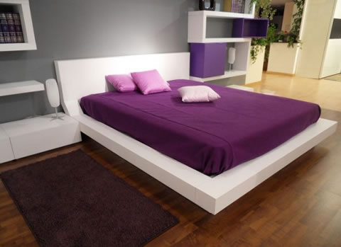 Decorate the bedroom with the purple the man cave - Modern purple bedroom colors ...