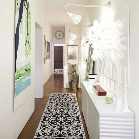 Ideas for a narrow corridor the man cave - Corridor decoratie ...